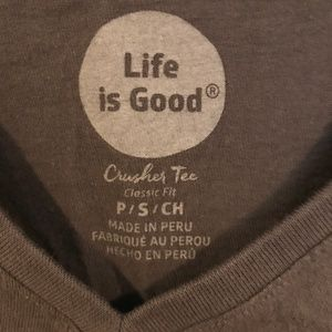 Life Is Good Tops - Life is Good Giraffe Mosaic Crushed Tee size S